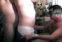VIDEO DES SCHWULEN JAPANS DAS LADEN MEDIEFAJR
