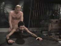 LES PORNO FILMS DU GAY TGPA PIOCHENT LE GAY