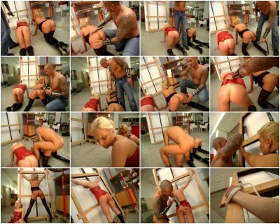 OFFERING WXCLUSIVE FULL LENGTH BDSM