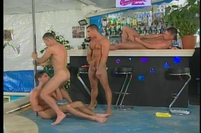 GAY MEN MASTURBATING MEN MATURE GAY