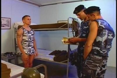CFNM EURO BOY GAY FEM DOM