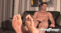 straight guys mpeg enjoy - (Straight Gym Blokes Feet)
