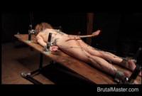 BM Runt - Brutal Tie Down