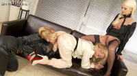 Two blonde near a mirror naughty