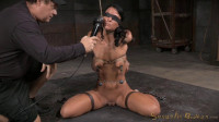 Newbie London River gives her first blowjob in bondage