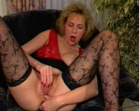 Horny blond gets a hard one