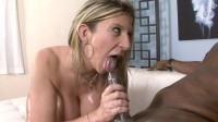 Sara Jay knows how to ride BBC