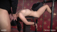 Yhivi : Tiny Sex slave Yhivi is bound with a Sybian