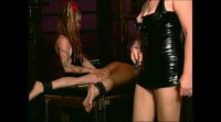 Slavegirl suffers two Mistresses