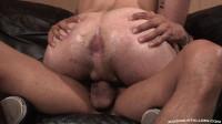Muscle Slut Likes Big Cock
