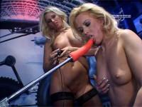 Machine-Sex - Angie La Belle, Kristin La Rouge