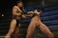Kink: Bound Gods - Jacob Durham, Parker London, Sebastian Keys - Kinky Ass Slave