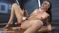So Much Anal That She Squirts!!