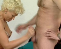 Romping a tight mom