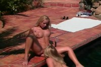 Hot lesbians fuck by the pool