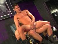 Boot Boy : party nude homosexual.
