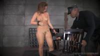 Show-pounding anal