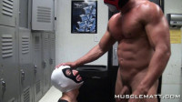 MuscleMatt — Locker Room Blow Job, Petes Nose