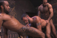 Amazing Gangbang With Muscle Men