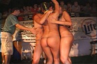 Wild Party Girls 19
