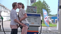 Fuck a girl at the gas station