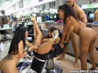 Remastered - Olivia O'Lovely, Jenaveve Jolie, Lacey Duvalle (Barbershop Orgy)