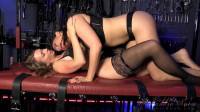 Alexandra Snow & Mistress T