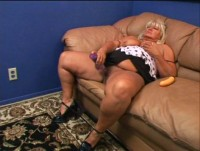Mature fat women also want to fuck