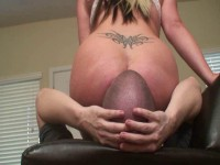 Hailey has her way with the shoot slaves face — Femdom HD