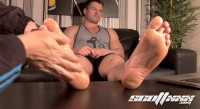 Straight Gym Blokes Feet (mpeg, straight guy, enjoy, straight guys)