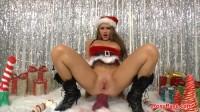 Roxy Raye-Roxys Santas Slut