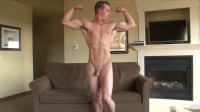 dating gay pumping white hot boy homosexual (Pumping Muscle Zach T - Photoshoot Part 1).