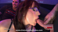 Kitty entdeckt das Sperma Kitty discovers Sperm 26530