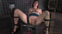Cici Rhodes throatboarded by 2 dicks