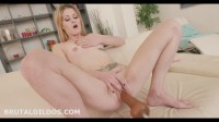 Lisa Black Big Dildo Fucking Machine (2016)