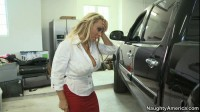 Holly Halston Is The Friends Hot Mommy