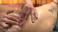 BBW mature heating up by masturbating and spreading massage oil