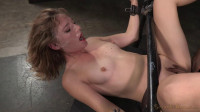 Sexy Mona Wales shackled