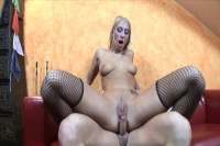 Session of hardcore sex for amateur Dionne