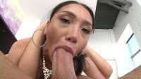 Glamorous Fishnet-clad Latina Vicki Chase