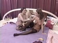 [Telsev] Caresses entre femmes Scene #2