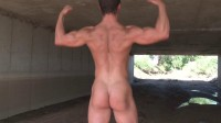 Pumping Muscle - Naked Bodybuilder Jake W - Photo shoot 3