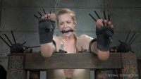 Jeze Belle Shows Off Her Dripping Wet Pussy In Subspace