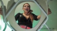 Elena De Luca Bullies Her Toilet Slave