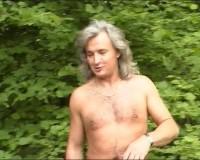 Outdoor slut banging