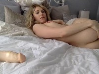Amateur Webcam Shemale Lovebird94 Dildo
