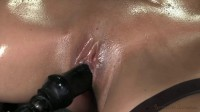 MILF-tastic Syren De Mer on a fucking machine for the 1st time while 2 cocks use her throat hole!