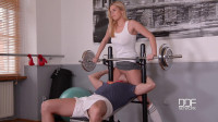 Nikky Dream — A Horny Blondes Juicy Gym Blowjob (2016)
