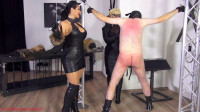 Ezada Sinn & Mademoiselle de S. – Whipping The Wimpy Puppy