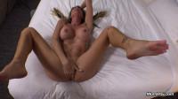 Hot big tits mom returns for anal - E358
